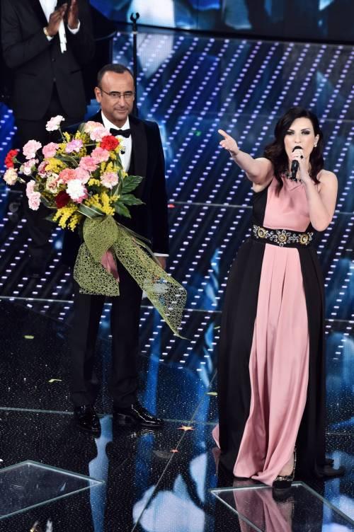 Sanremo 2016: gli abiti della prima serata 53