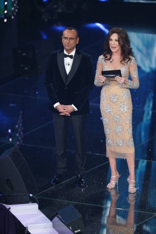 Sanremo 2016: gli abiti della prima serata 56