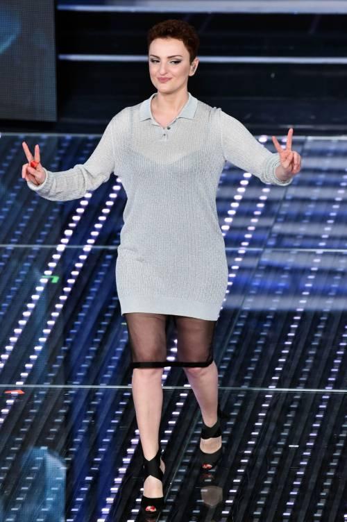 Sanremo 2016: gli abiti della prima serata 60