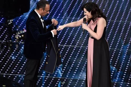 Sanremo 2016: gli abiti della prima serata 69