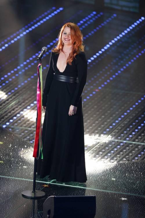 Sanremo 2016: gli abiti della prima serata 67