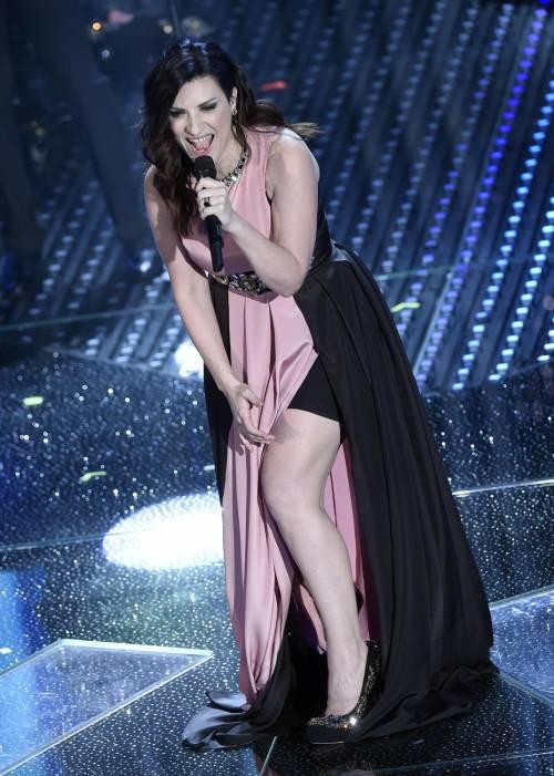 Sanremo 2016: gli abiti della prima serata 73