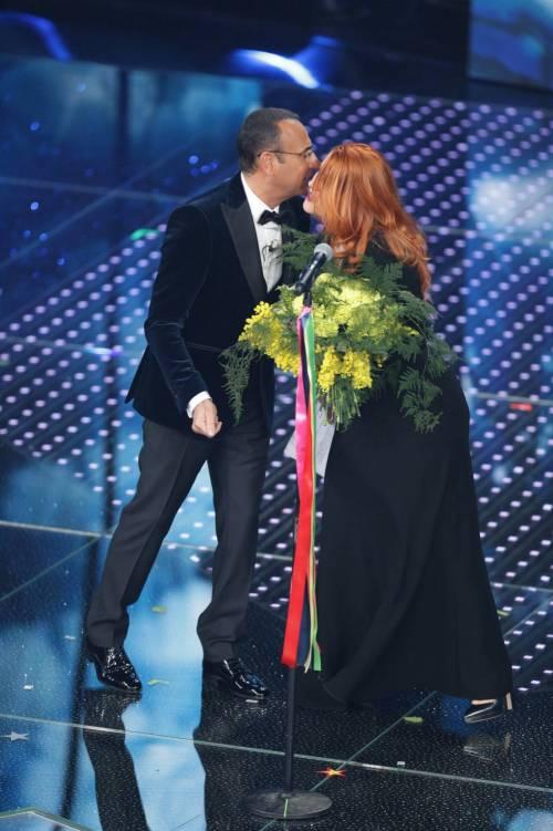 Sanremo 2016: gli abiti della prima serata 70