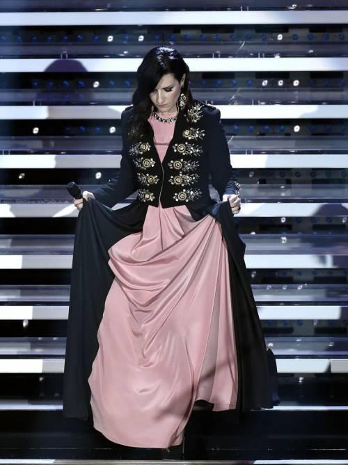 Sanremo 2016: gli abiti della prima serata 81
