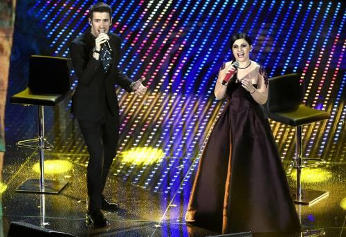 Sanremo 2016: gli abiti della prima serata 88