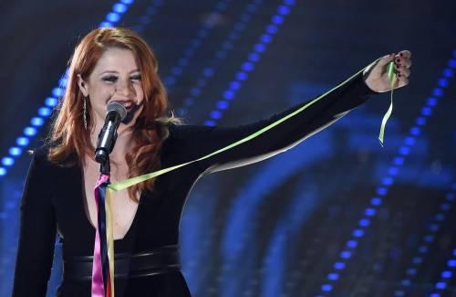 Sanremo 2016: gli abiti della prima serata 90