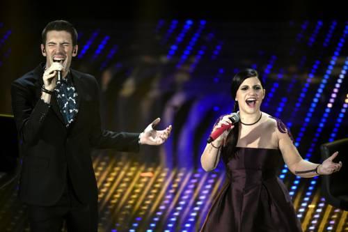 Sanremo 2016: gli abiti della prima serata 92