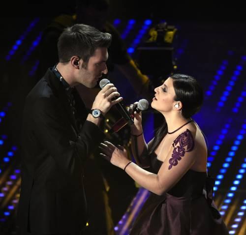 Sanremo 2016: gli abiti della prima serata 94