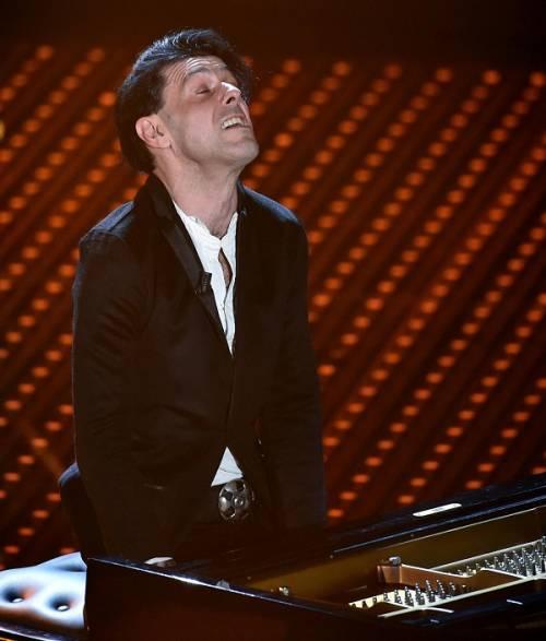 Ezio Bosso, il pianista che ha commosso Sanremo 2016. Le foto 12