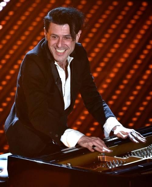 Ezio Bosso, il pianista che ha commosso Sanremo 2016. Le foto 15