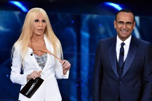 """Virginia Raffaele si """"trasforma"""" in Donatella Versace: le foto 2"""