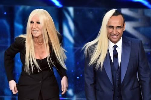 """Virginia Raffaele si """"trasforma"""" in Donatella Versace: le foto 3"""