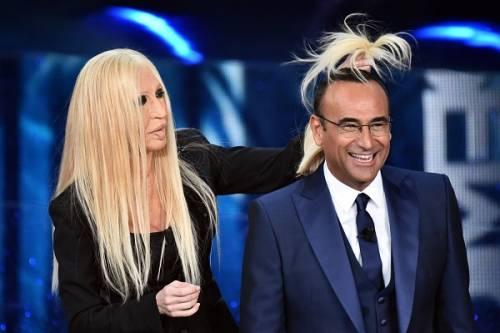 """Virginia Raffaele si """"trasforma"""" in Donatella Versace: le foto 5"""