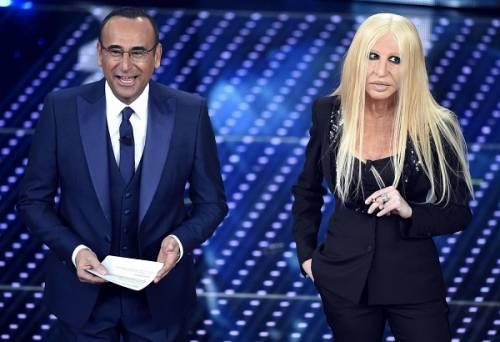 """Virginia Raffaele si """"trasforma"""" in Donatella Versace: le foto 14"""