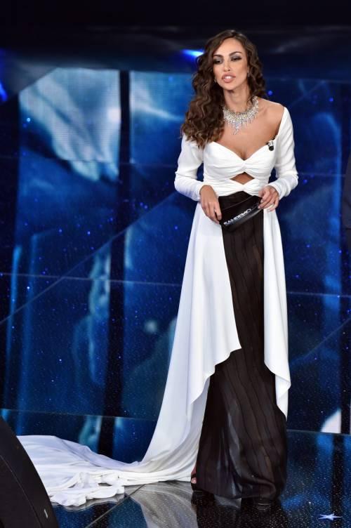 Madalina Ghenea, i sexy abiti a Sanremo 2016 39