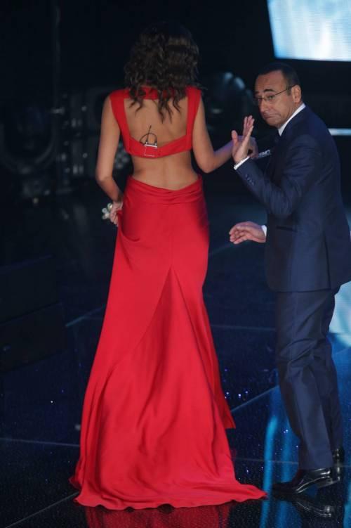 Madalina Ghenea, i sexy abiti a Sanremo 2016 20