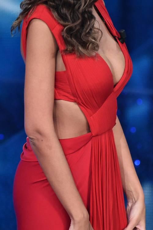 Madalina Ghenea, i sexy abiti a Sanremo 2016 34