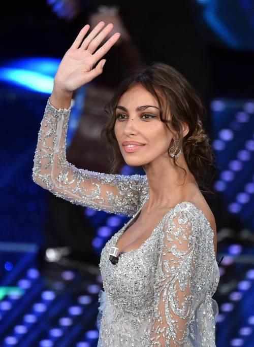 Madalina Ghenea, i sexy abiti a Sanremo 2016 64