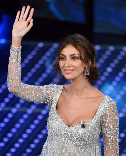 Madalina Ghenea, i sexy abiti a Sanremo 2016 66