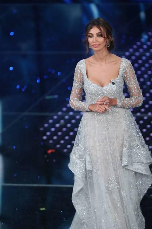 Madalina Ghenea, i sexy abiti a Sanremo 2016 65