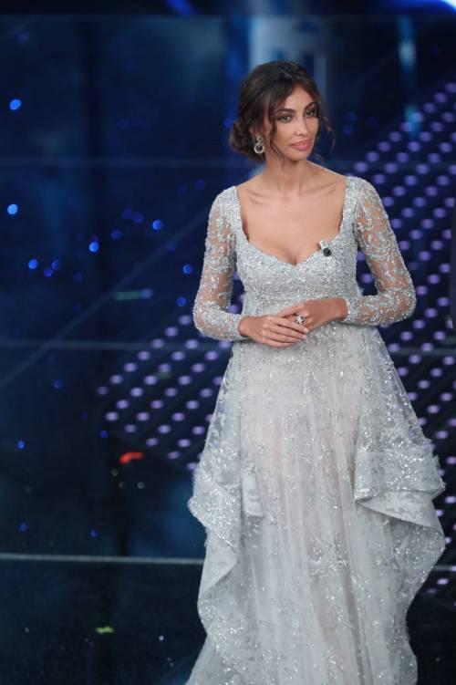 Madalina Ghenea, i sexy abiti a Sanremo 2016 72