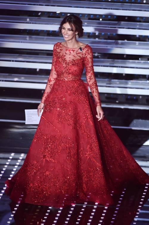 Madalina Ghenea, i sexy abiti a Sanremo 2016 19