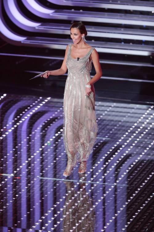 Madalina Ghenea, i sexy abiti a Sanremo 2016 70