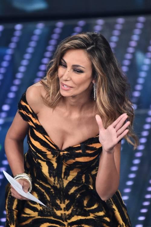 Madalina Ghenea, i sexy abiti a Sanremo 2016 90