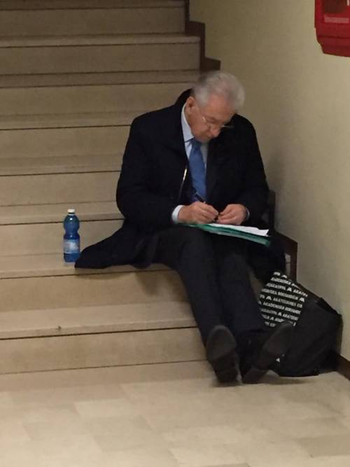 """Monti: """"Referendum sull'Ue? È un bene che non si possa fare in Italia"""""""