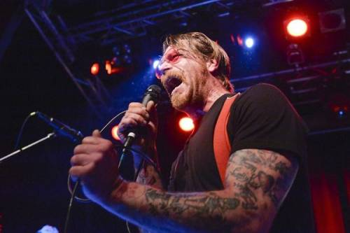 Gli Eagles of Death Metal tornano a Parigi 10
