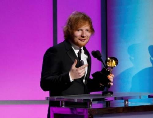 Grammy 2016: è di Ed Sheeran la canzone dell'anno. Foto 4