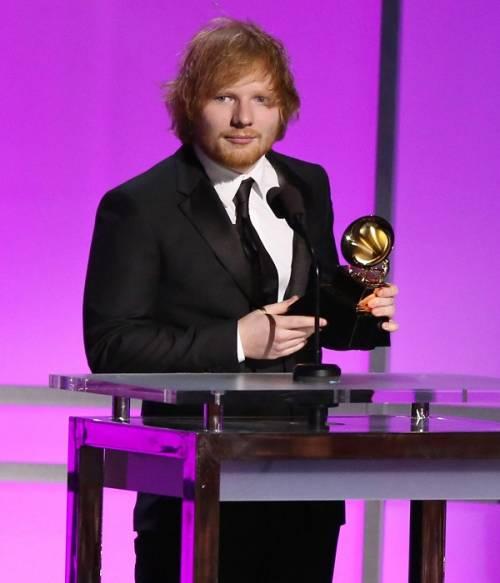 Grammy 2016: è di Ed Sheeran la canzone dell'anno. Foto 3