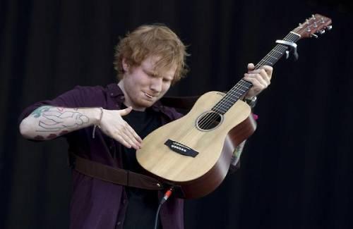 Grammy 2016: è di Ed Sheeran la canzone dell'anno. Foto 12
