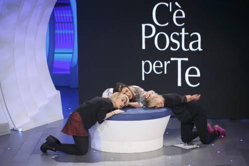 """Belen Rodriguez e Luciana Littizzetto a """"C'è posta per te"""" 3"""