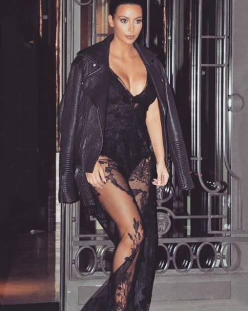 Kim Kardashian: ecco com'è il lato A da red carpet 3