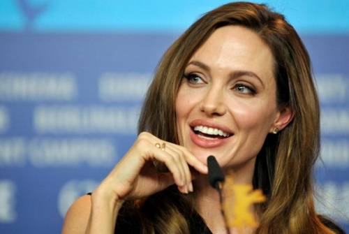 """Angelina Jolie: """"non ho mai pensato a me stessa come a una madre"""". Le foto 20"""