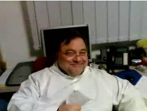 Pedofilia, le vittime chiedono 10 milioni di euro a don Ruggero