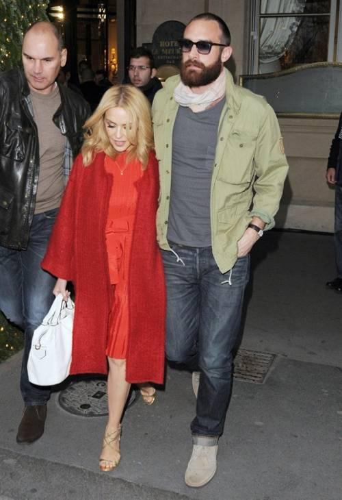 Kylie Minogue e Joshua Sasse fidanzati ufficialmente: foto 11