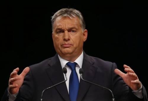 """Migranti, Orban tira dritto: """"La chiusura dei confini è giusta"""""""