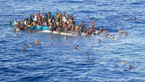 """Migranti, allarme di Frontex: """"Pronte le navi per l'Adriatico"""""""