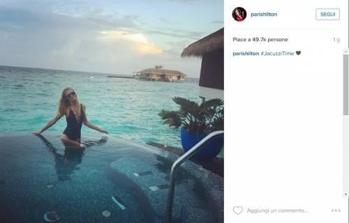 Paris Hilton, compleanno sexy su un'isola da sogno: foto 2