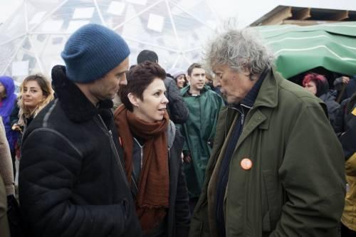 Migranti, Jude Law visita campo profughi a Calais 4