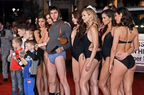 Il red carpet trash di Sasha Baron Cohen: le foto 12
