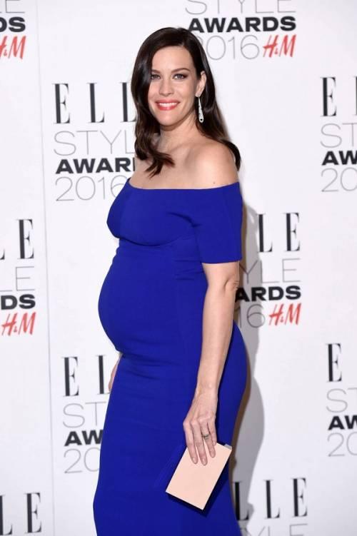 Liv Tyler incinta sul red carpet agli Elle Style Awards: foto  7