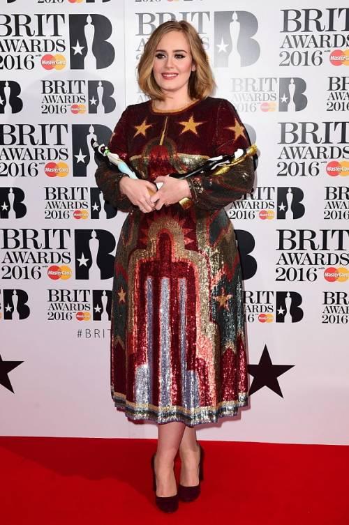 Adele, la regina dei Brit Awards 2016: foto 3