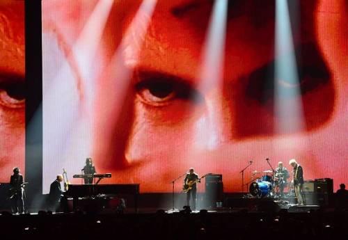Brit Awards 2016: performance, vincitori e il tributo a David Bowie: foto 17
