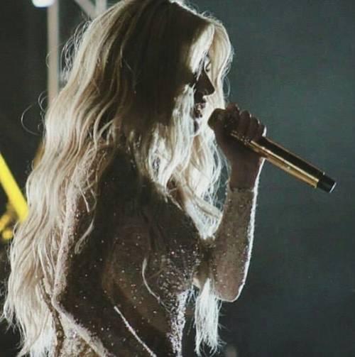 """L'appello di Kesha alle donne: """"Se subite abusi perlate"""" 8"""