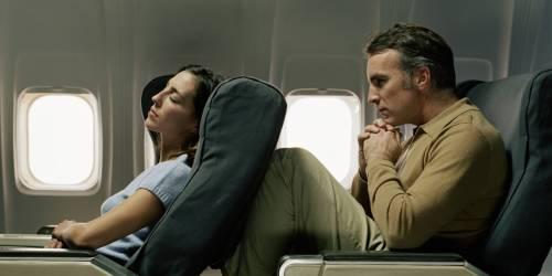 """Senatore Usa: """"Basta posti in aereo come le sardine"""""""