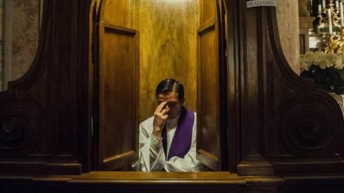 Devi confessarti? A Livorno arriva il servizio online