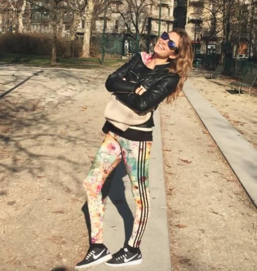 Valentina Allegri, selfie sexy per i fan 6